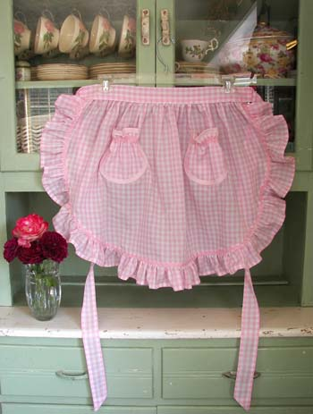 1948 Ruffle Pink Gingham