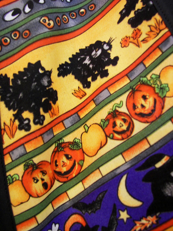 Close Up Halloween top